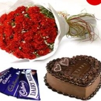 Red Roses With Chocolate And Cake