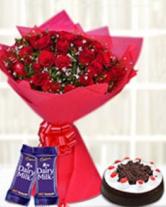 30-Red Blooms with Choco Treats